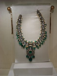 the sheer magnificence of each of the exhibited pieces is enough to leave one speechless with awe and wonder. In Hyderabad, which is keeping up to its reputation of being a happening city, the two- month long exhibition of diamonds, rubies, emeralds, sapphires and pearls, resplendent in all their glitter and colour, re-kindle memories of Hyderabad heritage. Belonging to the Asaf Jah dynasty, which was established in 1724, the jewellery has a historic past, and a colourful one at that. Nizam Jewellery, Mughal Jewelry, Ethnic Jewelry, Indian Jewelry, Antique Jewelry, Fancy Jewellery, Royal Jewelry, Diamond Jewelry, Jewelery