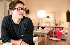 Finn Harries. Youtuber. Graphic Designer. British. Twin. What's not to love?