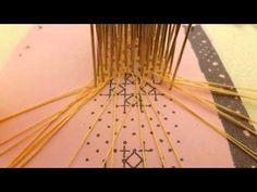 ▶ Los encajes de bolillos - YouTube Punto de la Virgen