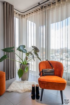 Luxury Curtains, Home Curtains, Curtains Living, Corner Curtains, Ceiling Curtains, Home Room Design, Living Room Designs, Cortina Wave, Living Room Modern