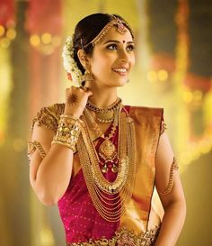 Get traditional design Bridal jewelry sets for south Indian bride from online store of Malabar Gold & Diamonds. Bridal Jewellery Online, South Indian Bridal Jewellery, Bridal Jewelry, Handmade Jewellery, Hair Jewellery, Etsy Jewelry, Indian Jewelry, Earrings Handmade, Real Gold Jewelry
