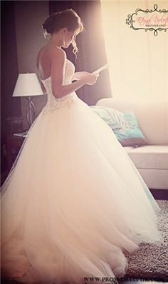 wedding dress wedding dresses.... Love.