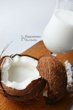Bizneswoman w kuchni: Domowe mleko kokosowe