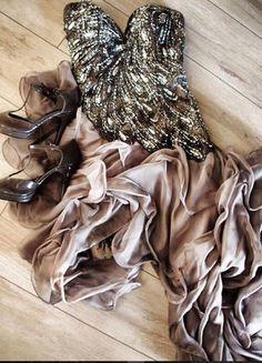 Unique Kleid Kaufe meinen Artikel bei #Kleiderkreisel http://www.kleiderk. eisel.de/damenmode/kleider-abendkleider/139491644-traumkleid-unique-neupreis-290-euro
