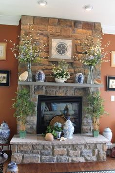 35 Best Easter Fireplace Mantel Decor Ideas – Home Design Farmhouse Fireplace Mantels, Farmhouse Decor, Fireplace Hearth Decor, Brick Fireplaces, Fireplace Mantle Decorations, Mantles Decor, Modern Fireplaces, Farmhouse Signs, Fireplace Ideas