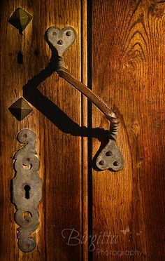 antique  lock and door handle.