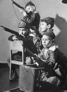 Moscow boys, 1941