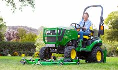 John Deere Engine Specs The John Deere Compact Utility Tractor has a three-cylinder engine. Sub Compact Tractors, Small Tractors, Types Of Lawn, Tiny Farm, Utility Tractor, Engine Block, John Deere Tractors, Oil Change, Horse Farms