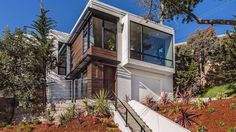 anyway), 300 Sussex's major overhaul is an antiseptic standout in Glen Park. The four bedroom, 3.5-bathroom home is drenched in natural light due to the many, many oversized windows.