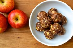 Protein packed Energy Balls that taste just like Apple Pie. These no bake balls can be made in under 10 minutes (Paleo, Vegan, Specific Carbohydrate Diet)