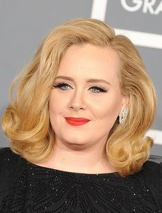 Adele looking AMAZING at the 2012 Grammys