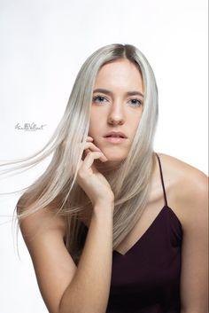 #beautyportrait #beauty #beautiful #portrait #girl #pretty #face #photography #photographer #light #annikavallant #studio #studiophotography #model Face Photography, Beauty Portrait, Pretty Face, Photo And Video, Studio, Model, Beautiful, Instagram