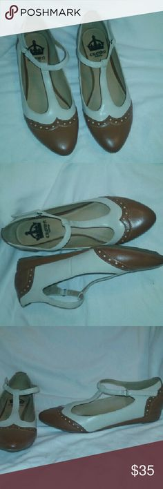 Crown Vintage Mary Jane Oxfords Two- Tone Size 9.5 Very good, clean condition. Style name 'Pippin'.  Fabulous find! crown vintage  Shoes Flats & Loafers
