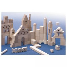 Teach your little one to explore creatively with our premium Basic Building Blocks Extra Large Set by Haba.