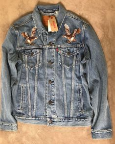07422e4ed Levis Mens Trucker Jean Jacket Japan Eagle Embroidered Mount Fugi NEW   Levis  TruckerJacket Clothing