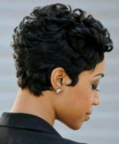 Curly short cut..sooo cute