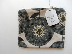 I love the pattern! Coin Purse, Zipper, Wallet, Purses, My Love, Makeup, Pattern, How To Make, Handmade