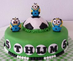 Voetbal taart / soccer cake / minions
