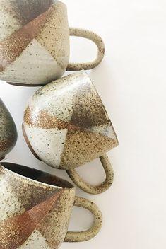 YES Ceramics - Round Ojo Mug