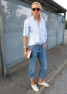 via Studded Hearts | loose button-up | light blue top w/ light wash jeans w/ white sneakers