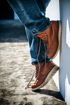 Red-Wing-Oro-iginal-875-Leather-Boots-Prps-P29P01BB-Dark-Burner-Jeans-4.jpg (800×1202)