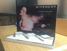 Givenchy Luxury Cosmetics Brand Make-up Counter Display Glorifier Podium Tester Packing POS POP Yamei Group