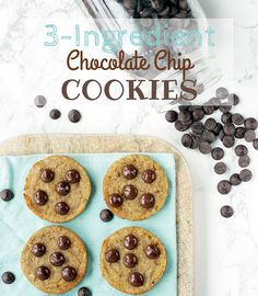 3-Ingredients Chocolate Chips Cookies - These genius vegan cookies are ready in 15 mins and with natural ingredients only! #glutenfree #vegan #dairyfree The Petite Cook