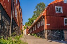 https://flic.kr/p/eHj6YX  Alleys at Djurgården, Stockholm