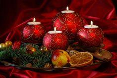 Red Christmas ornaments christmas centerpiece ideas