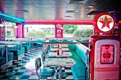 Tommy's Diner - restaurant que j'aime beaucoup.