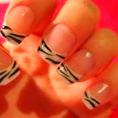 Zebra fake nails
