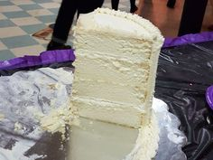 White Almond Sour Cream Wedding Cake - Cakes and cupcakes - Almond Wedding Cakes, Cream Wedding Cakes, Wedding Cake Flavors, Almond Cakes, Coconut Wedding Cake Recipe, Wedding Cake Recipes, Wedding Cake Frosting, Wedding Recipe, Köstliche Desserts