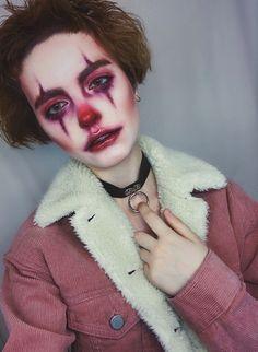 Halloween clown and makeup image Cute Clown Makeup clown Halloween image Makeup Halloween Clown, Unique Halloween Makeup, Maske Halloween, Halloween 2018, Pretty Halloween, Devil Makeup Halloween, Halloween Tumblr, Scary Makeup, Makeup Art