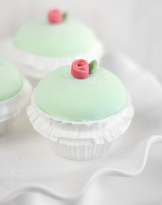 Sprinkle Bakes: Princess Torte Cupcakes Looks so labor-intensive, but they are gorgeous and look delicious.