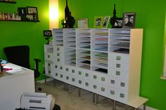 Love this idea! Cubes are up off the floor.