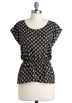 Leisure Tom-cat Top - Mid-length, Black, White, Print with Animals, Cap Sleeves - totally snagged the last one, in my size, too! LOVE #cats!!! If you tell them you need it, they'll restock if demand is high enough :) <3 #modcloth