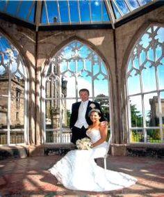 Wedding Couple At London Zoo