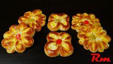 Τυροπιτάκια λουλούδια (Pies in flower shape) Flower Shape, Shrimp, Appetizers, Pie, Bread, Shapes, Sweet, Flowers, Recipes