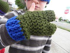 Teenage Mutant Ninja Turtles 3 finger Gloves. by lifesyarn on Etsy, $8.50