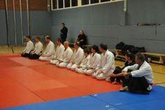 Aikido Kyuprüfung am 13.12.2013 in Linz: Prüflinge vor der Aikidoprüfung
