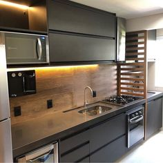 How to put your kitchen credenza? Modern Kitchen Interiors, Luxury Kitchen Design, Kitchen Room Design, Kitchen Cabinet Design, Home Decor Kitchen, Interior Design Kitchen, Home Kitchens, Kitchen Ideas, Kitchen Modular