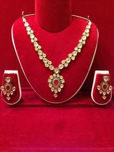 Beautiful Kundan necklace set on Etsy by EthnicRocks