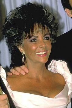 """Elizabeth Taylor..At 5'4"""", Taylor constantly gained and lost significant amounts of weight (known as yo-yo dieting), reaching both 119 pounds and 180 pounds in the 1980s. She was a heavy smoker until having to quit following a severe bout of pneumonia in 1990."""
