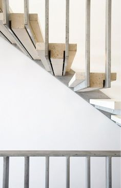 Professionals in staircase design, construction and stairs installation. In addition EeStairs offers design services on stairs and balustrades. Contemporary Stairs, Modern Stairs, Architecture Details, Interior Architecture, Stair Handrail, Concrete Staircase, Stone Stairs, Metal Stairs, Floating Staircase