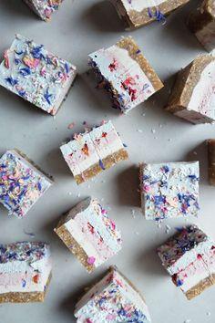 Pastel Coconut Cashew Dream Bars – Wu Haus Recipes to try Vegan Treats, Healthy Treats, Healthy Desserts, Delicious Desserts, Dessert Recipes, Yummy Food, Healthy Food, Tasty, Vegan Baking