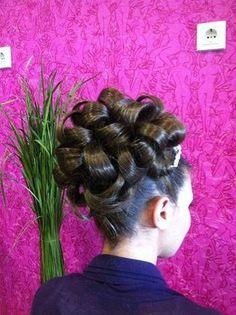 BARBIE BARRELL CURL | JAMISON R GORRELL ESQ | Flickr New Hair Do, Big Hair, Sleek Hairstyles, Wedding Hairstyles, Brown Hairstyles, Classic Updo, Barrel Curls, Bouffant Hair, Bridal Hair Updo