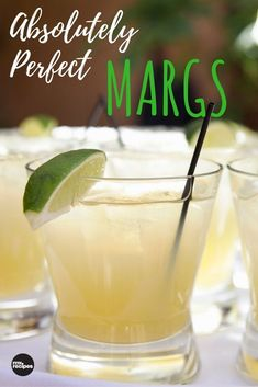 Cinco de Mayo Recipes: Genius 3-Ingredient Margaritas! #thecookierookie #margaritas #cocktail #partydrinks #healthyrecipes