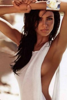 Cameron Diaz.. love her with dark hair!