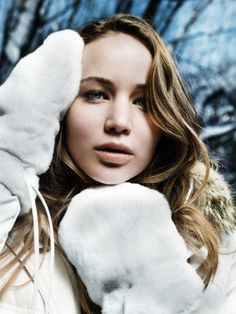 Images of the sweet Jennifer Lawrence. No paparazzi pictues on this blog! Most pictures from...