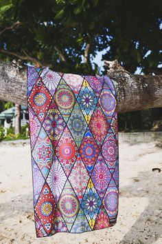 Tesalate Beach Towels are Sand Free , Ultra Compact, Super Absorbent, Rapid Drying and Insatiably Vibrant.  Free Worldwide Shipping, No hassle Returns. Australian designed